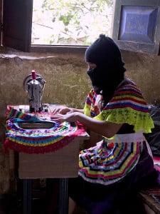 Mexico-Zapatista-Comm_Muha-thumb