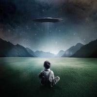 Boy-and-UFO-ipad-4-wallpaper-ilikewallpaper_com