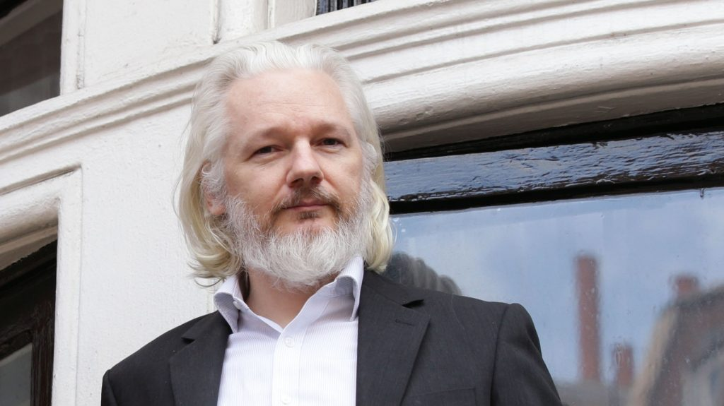 julian assange long white hair and beard