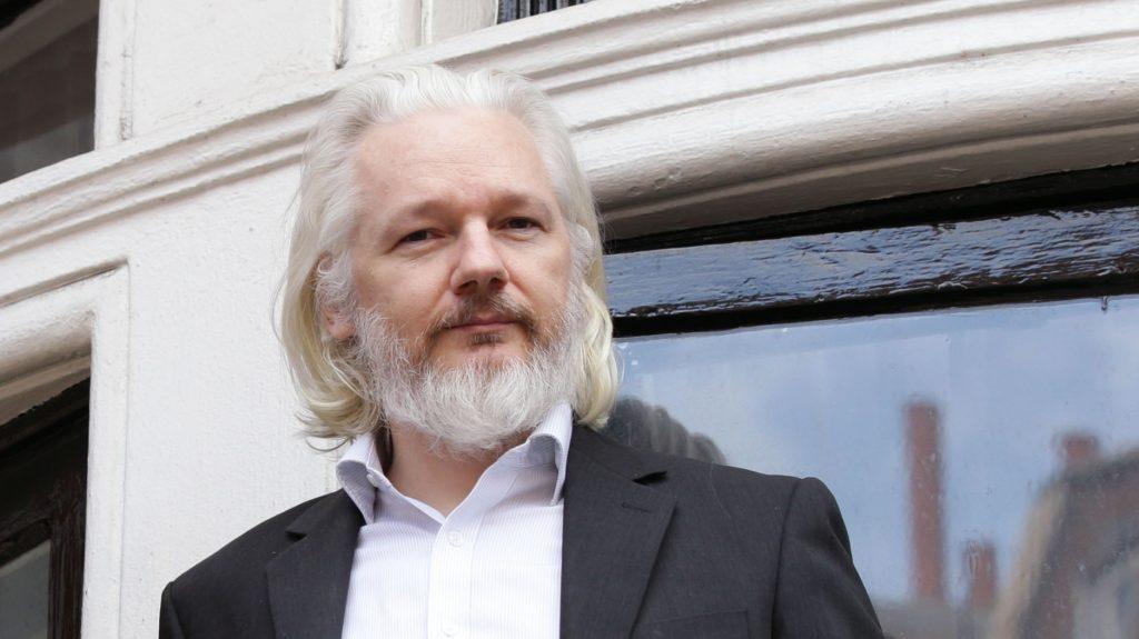 julian assange long white hair and beard