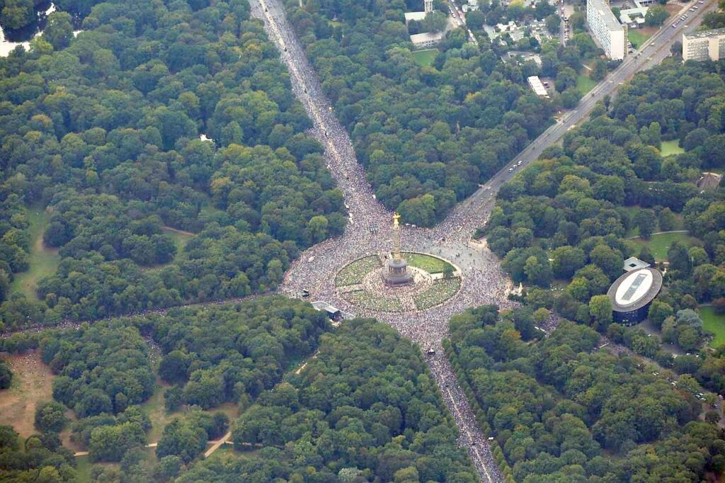 Berlin 2020 protests millions of people